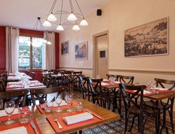 Hôtel du Commerce - Salle du restaurant