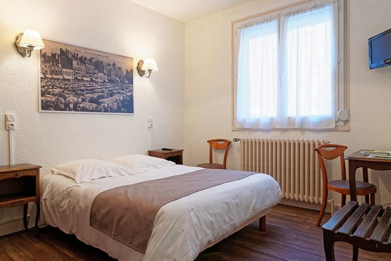 Hotel Du Commerce Autun - Chambre 1 à 2 personnes