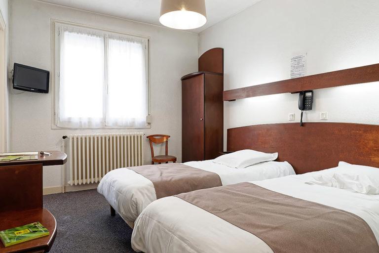 Hotel Du Commerce Autun - Chambre 2 personnes