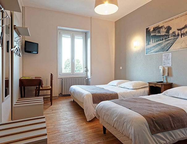 Hotel_Du_Commerce_Autun_Chambre_2